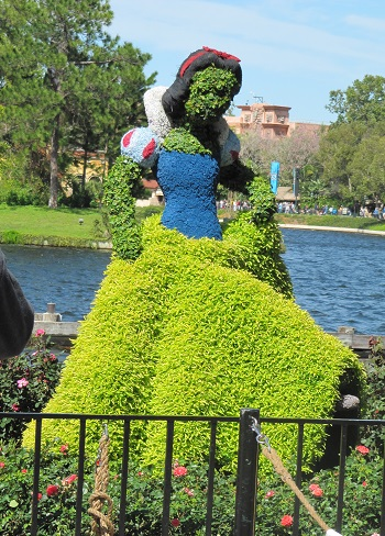 Snow White Epcot International Flower and Garden Festival