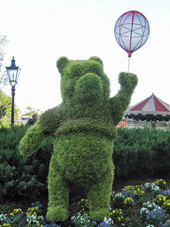 Winnie the Pooh Epcot International Flower and Garden Festival